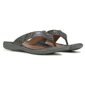 Born B.O.C 9 Zita grey floral tooled sandals